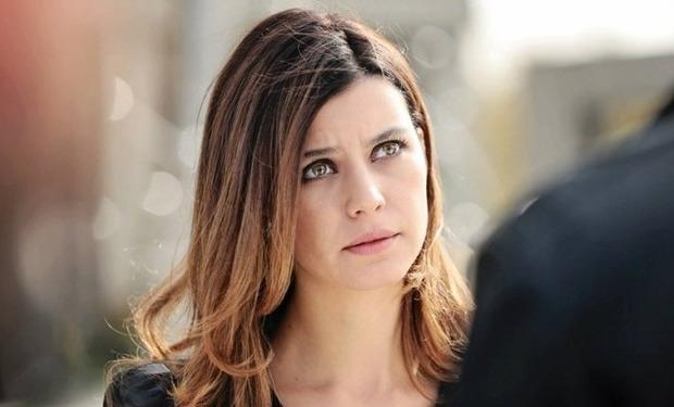 بيرين سات ممثلة تركية من مواليد 26 فبراير 1984