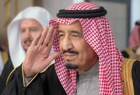 والملك الحالي الملك سلمان وهو يحكم منذ عام 2015