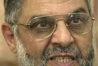 سافر إلى مصر عام 1965 لدراسة الطب وتخرج من طب الاسكندرية عام 1971