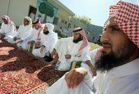 السعودية أحد الدول القليلة للغاية التي تبلغ نسبة المسلمين بها %100 من مجموع السكان
