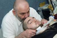 ورغم كونه في غيبوبة تامة إلا أن والده يؤكد أنه يستمع إليه ويستجيب إليه، مستشهداً بتحريك قدميه
