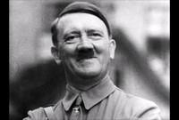 كان لديه قدرة هائلة في إلقاء الخطب لذلك انضم لأحد الأحزاب العمالية بألمانية وسرعان ما أصبح رئيس الحزب