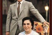 مع ابنها الملك الحسين بن طلال