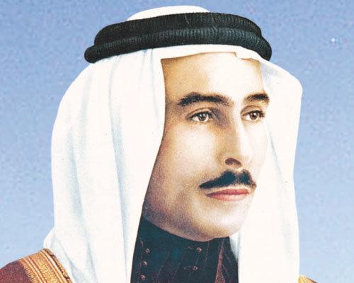 طلال بن عبد الله بن حسين الهاشمي من مواليد مكة - 26 فبراير 1909م