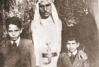 أنجب منها: الملك الحسين (ملك الأردن)، الأميرة أسماء (توفيت رضيعة)، الأمير محمد، الأمير محسن (توفي صغيرًا)، الأمير الحسن (ولي العهد بفترة حكم الملك الحسين، وتمت تنحيته قبل وفاته) والأميرة بسمة.
