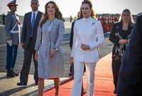 لقطات لها مع الملكة رانيا زوجة ملك الأردن