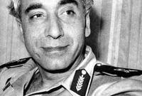 عمل كتاجر أقمشة في الأرجنتين وكون علاقات قوية مع كبار الشخصيات بسوريا وأصبح صديقًا شخصيا للملحق العسكري أمين حافظ الذي أصبح رئيسًا لسوريا فيما بعد
