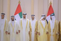 هذا الزفاف هو لـ3 من أبناء حاكم دبي وهم أشقاء من نفس الأم