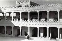 تبعه ثاني أبنائه سعود بن فيصل الذي حكم لفترتين بين أولها خلال عام 1871 ، والثانية بين 1873-1875