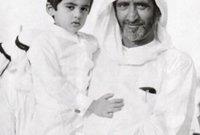 جده لأمه هو الشيخ راشد بن سعيد آل مكتوم