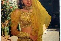 كاريشما كابور ممثلة هندية تنتمي لعائلة فنية