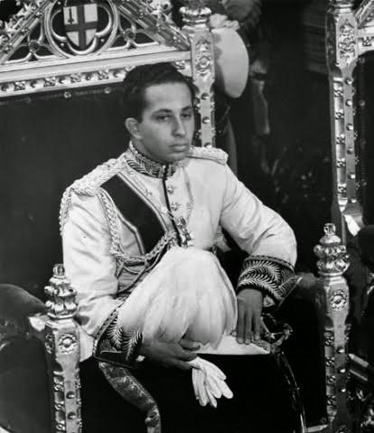 ولد الملك فيصل الثاني في 2 مايو عام 1935  وهو الابن الوحيد للملك غازي وآخر حُكام الأسرة الملكية الهاشمية في العراق