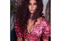 """كما حصلت """"كاترينا"""" على جائزة أجمل امرأة فى الهند عام 2016 حسب مجلة Vogue"""