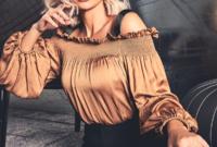 """تعتبر أول عارضة أزياء سعودية تحقق شهرة عالمية في هذا المجال ، أصبح لديها شهرة واسعة على مواقع التواصل الاجتماعي خاصة """"انستقرام"""" حيث تستخدم هاشتاق #موديل_روز في كل منشوراتها ولديها أكثر من 10 ملايين ونصف المليون متابع عبر انستقرام"""