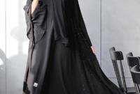 عارضة الأزياء السعودية الشهيرة خولة العنزي التى بدأت نشاطها في عروض الأزياء في عام 2015، ولديها 434 ألف متابع عبر انستقرام.