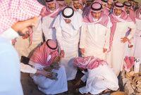 الأمير أحمد بن عبدالعزيز أثناء الدفن