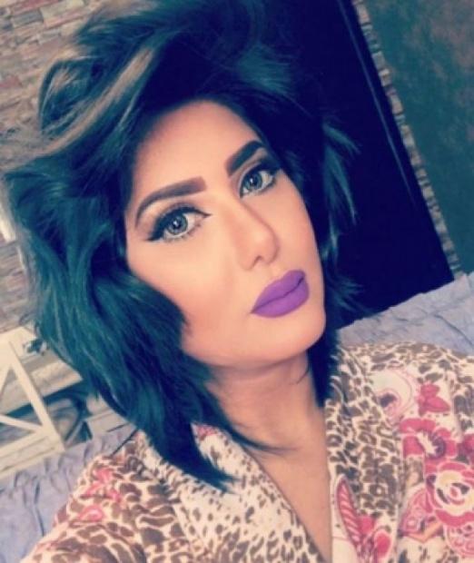 «البداية».. الفنانة ملاك الكويتية من مواليد 27 أغسطس عام 1982، اسمها الحقيقي «عهود» وهي من أصل عراقي لكنها تعيش في الكويت، بدأت حياتها الفنية في عام 2003 من خلال مسلسل الخطر معهم 3 ثم شاركت في العديد من الأدوار