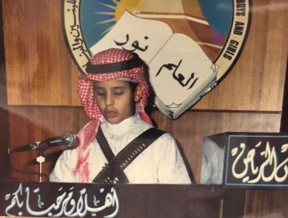 الأمير محمد بن سلمان بن عبد العزيز آل سعود، رأى النور يوم 31 أغسطس عام 1985، وهو الابن السادس لخادم الحرمين الشريفين الملك سلمان من زوجته فهدة بنت فلاح آل حثلين العجمي.