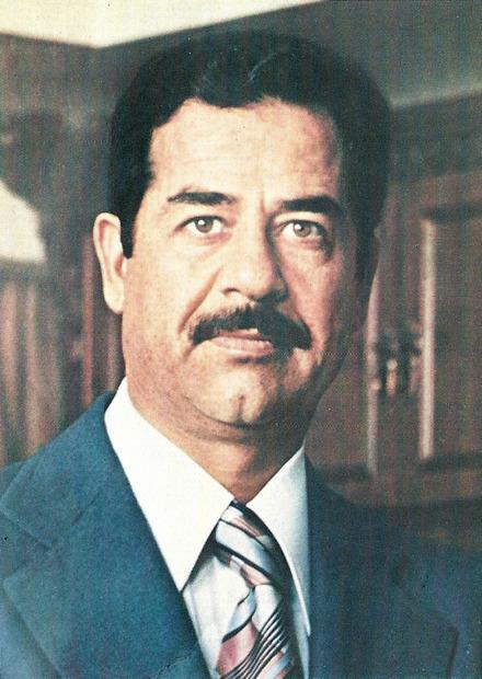 صدام حسين أحد أبرز القادة السياسين والحكام العرب والحاكم الأبرز للعراق في العصر الحديث حيث حكمها لمدة 23 عامًا قبل الإطاحة به عام 2003 وتم إعدامه عام 2008 على يد القوات الأمريكية .. فماذا حدث لعائلته بعد الإطاحة به ؟