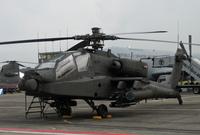 كما تمتلك عدد كبير من المروحيات القتالية الحديثة أبرزها الأباتشي وبوينج  AH-6