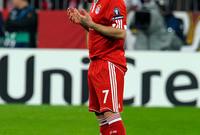 النجم الفرنسي العالمي فرانك ريبيري لاعب نادي «بايرن ميونخ» الألماني، بعد إسلامه غير اسمه إلى «بلال» وقام بتأدية فريضة الحج في الأراضي المقدسة