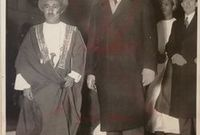 قام السلطان سعيد بجولة زيارات عالمية منها الهند وبريطانيا وفرنسا واليابان وأمريكا ليكون أول رئيس عربي يزور الولايات المتحدة وكانت هذه الجولة بحثًا عن شركة تنقيب عن البترول