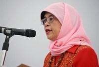 دخلت حليمة يعقوب انتخابات الرئاسة بدولة سنغافورة عام 2017 قبل أن تستقيل من منصبها كمتحدثة للبرلمان