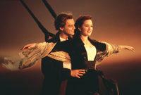في عام 1997 أصبح ليوناردو دي كابريو أشهر ممثل في العالم بعد بطولته لفيلم Titanic  والذي حقق نجاحًا جماهيريًا قياسيًا جعله أكثر فيلم تحقيقًا للإيرادات في التاريخ في تلك الفترة