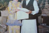 أنجبت الأميرة منى الصلح للأمير طلال ثلاثة أبناء أكبرهم الأمير الوليد بن طلال وهو أشهر أفراد العائلة وأصبح فيما بعد أغنى رجل في الشرق الأوسط لسنوات طويلة .. وولد عام 1955