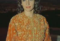 كانت تسافر بشكل مستمر إلى المغرب للقاء شقيقتها الأميرة للا لمياء والتي كانت متزوجة من الأمير المغربي مولاي عبد الله شقيق ملك المغرب الحسن الثاني