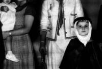 الأميرة منى الصلح مع ابنها الوليد بن طلال في طفولته