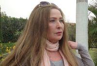 من أبرز المواقف المثيرة للجدل، وعدها بأنها ستقص شعرها، وتنثره في ساحة «سعد الله الجابري» في مدينة حلب، عند خروج آخر «إرهابي» من المدينة