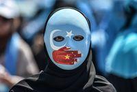 كما حظرت أي إجراء ديني أو شعيرة مرتبطة بالإسلام كإجراءات الزواج وفرضت الالتزام بالقوانين الصينية فقط