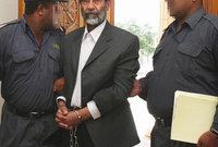 تمت اجراءات اعدام صدام في مقر دائرة الاستخبارات العسكرية في منطقة الكاظمية بشمال بغداد وتم تنفيذ حكم الإعدام فجر يوم الأضحى وهو اليوم المقدس لدى المسلمين