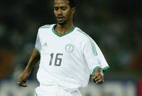 ولد خميس العويران في سبتمبر عام 1973 في الرياض واكتشفت موهبته الكروية مبكرًا وانضم إلى صفوف الهلال وبدأ اللعب معهم وعمره 14 عامًا