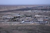تقع على بعد حوالي 100 كلم غرب الرمادي في ناحية البغدادي بمحافظة الأنبار