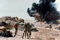 وقد تعرضت لغارات جوية عديدة بواسطة القنابل الموجهة بالليزر أثناء الحرب العراقية الإيرانية
