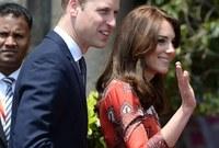 في ديسمبر 2012 تم الإعلان رسمياً من قصر سانت جيمس أن الدوق والدوقة ينتظرا المولود الأول بعدما تم إدخالها إلى المستشفى لوعكة صحية بسيطة