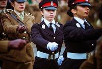 وكانت الأميرة سلمى قد تخرجت العام الماضي من دورة عسكرية في الأكاديمية العسكرية الملكية ساندهيرست الشهيرة في بريطانيا
