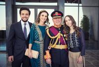 ولديها 3 أشقاء الأكبر هو الأمير الحسين بن عبد الله الثاني ولي عهد الأردن