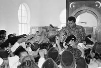 ومن النتائج الملفتة لدخوله الإسلام؛ هو تأثر العديد من الأشخاص حول العالم به واعتناقهم الإسلام إقتداءً به