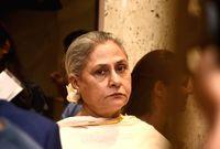 ثاني أفراد العائلة هي زوجة أميتاب باتشان الممثلة جايا بهادوري باتشان، والتي بدأت مشوارها الفني منذ السبعينات، بالإضافة لكونها ممثلة فهي أيضًا تعمل في السياسة من خلال كونها عضو في البرلمان الهندي