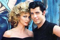 لعب جون أول دور البطولة في فيلم الدرامي الرومانسي Urban Cowboy عام 1980، وحقق الفيلم نجاحا كبيرا ثم توالت أعماله