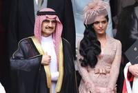 ولدت في مدينة الدوادمي في منطقة الرياض، تزوجت لفترة الوليد بن طلال قبل أن تنفصل عنه عام 2014
