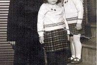 ولد رجب أردوغان في عام 1954 في إسطنبول لأسرة تعود أصولها لمدينة طرابزون شمال شرقي تركيا