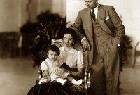 الملكة فريدة، الزوجة الأولى للملك فاروق آخر ملوك مصر، استمر زواجهما لمدة 10 سنوات وكانت محبوبة من الشعب المصري