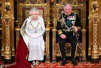 ويعد الأمير تشارلز وريث التاج البريطاني الذي يعد أعرق ملكية قائمة في العالم حتى اليوم ومن المنتظر أن يخلف والدته الملكة إليزابيث في الحكم