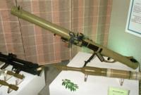 """راجمة القنابل """"فامبير"""" تسمى مصاص الدماء  الجندي المسلح بها  قادر على تحويل مدرعة من الفولاذ الخاص إلى كومة من الخردة المشتعلة"""
