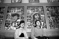 كما كانت الموسيقى الغربية بجميع أنواعها رائجة بشدة بين الشباب في جميع أنحاء إيران وكانوا يقلدون تقاليع المطربين العالميين مثل فرقة البيتلز المشهورة بالإضافة إلى انتشار المسارح ودور السينما