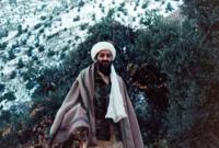 خلال دراسته الجامعية  تأثر بشخصيتان هما الشيخ محمد قطب والشيخ عبد الله عزام وذلك من خلال كتاباتهما التي درسها في مقرر الدراسات الإسلامية في الجامعة.